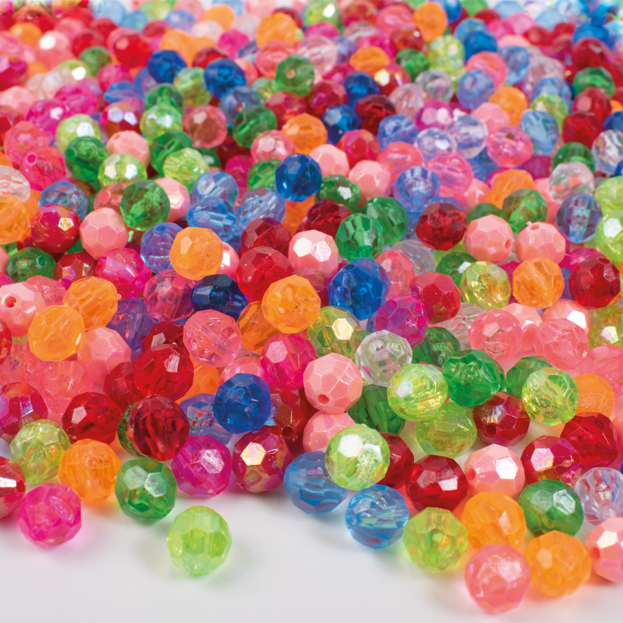 Plastic beads crystals